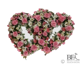 Double Pink Rose Heart